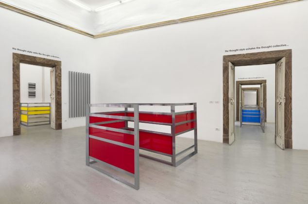 Liam Gillick - Four developments and a thought collective - veduta della mostra, Galleria Alfonso Artiaco, Napoli 2015