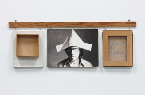 Robert Filliou, Autoportrait bien fait, mal fait, pas fait, 1973 – Museo Nacional Reina Sofía, Madrid – photo Estate of Robert Filliou – courtesy Galerie Nelson-Freeman, Parigi