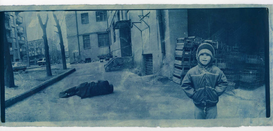 Boris Mikhailov, dalla serie At Dusk, 1993 - (c) Boris Mikhailov - courtesy Camera, Torino