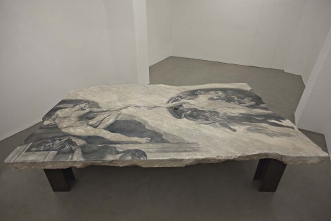 Fabio Viale, Gap, 2015 - courtesy Galleria Poggiali e Forconi