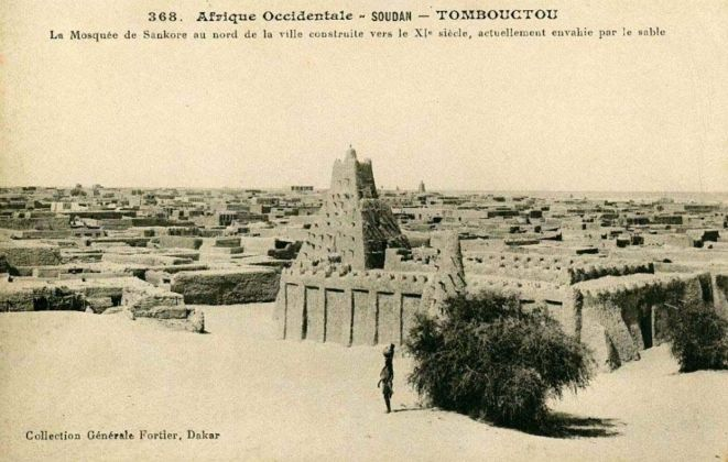 La moschea di Sankore a Timbuktu in una cartolina della Collection Fortier
