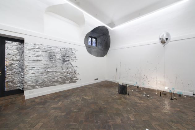 Nikolaus Gansterer & Monika Grzymala - Proxemia - Galleria Marie-Laure Fleisch, Roma 2015 – courtesy Galleria Marie-Laure Fleisch and the artists - photo Giorgio Benni