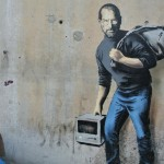 Art Digest: Steve Jobs profugo per Banksy. Jerry Saltz, in MoMA we trust. The Art Newspaper, 25 anni in 10 momenti chiave