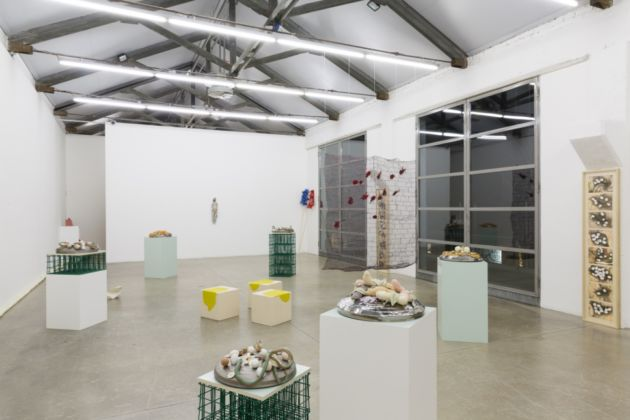 Christian Holstad – Toothpick – installation view – courtesy Massimo De Carlo, Milano 2016