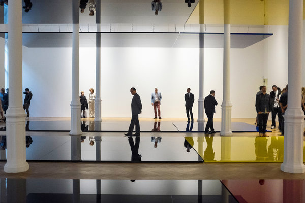 Robert Irwin – Who's Afraid of Red, Yellow & Blue III – Pace Gallery, Londra 2013 – (c) Robert Irwin - Artists Rights Society (ARS), New York – photo Andrew Testa