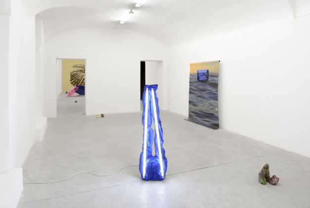 January Blues, installation view at Frutta Gallery, Roma 2016