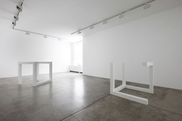 Sol LeWitt, Incomplete open cubes 8-5 e 7-10, 1974 - courtesy Cardi Gallery - photo Bruno Bani