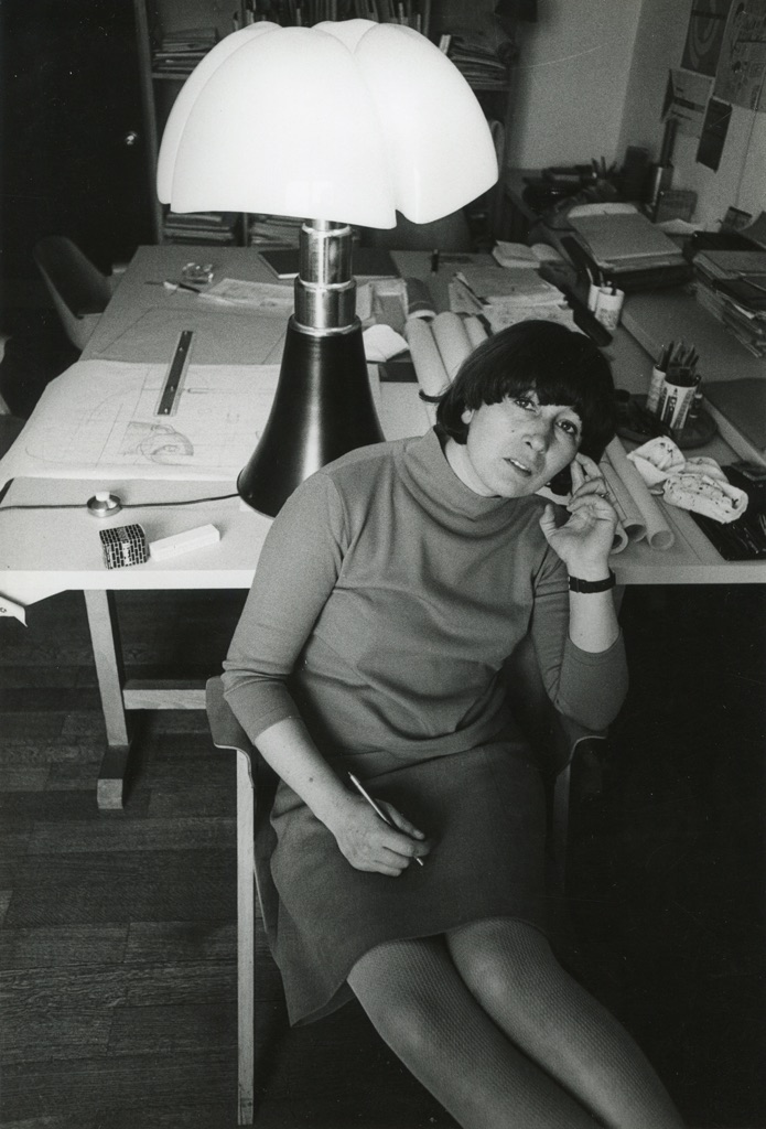 Gae Aulenti, 1967 – photo Ugo Mulas
