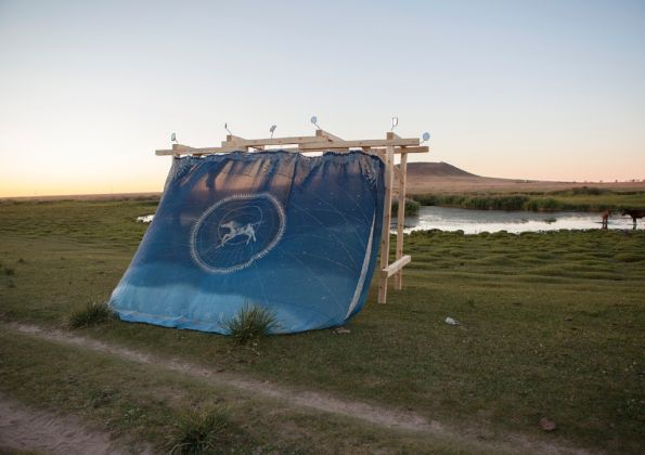 Land Art Mongolia Biennale – Lisa Batacchi – Installazione site specific e performance – photo credits Lisa Batacchi