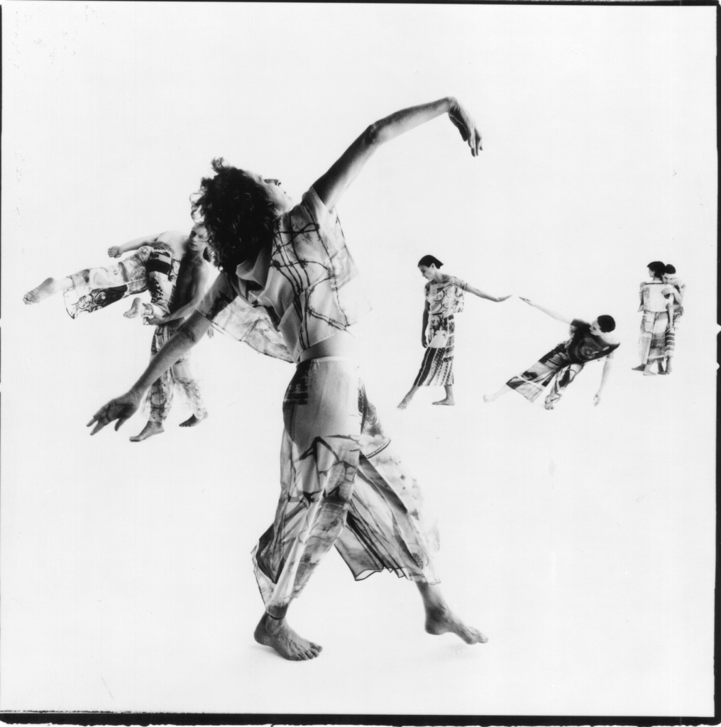 Trisha Brown, Set and Reset. Photo Chris Callis 1996