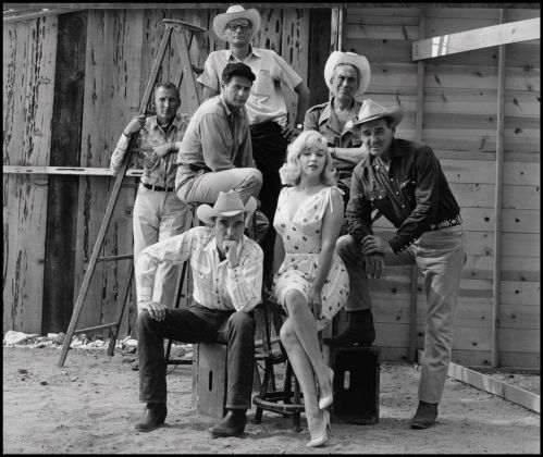 USA. Reno, Nevada. 1960. Sul set del film The Misfits di John Huston. © Elliott Erwitt-Magnum Photos