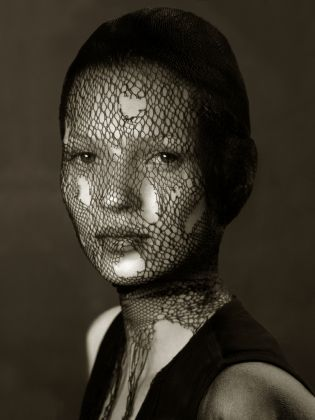 Kate Moss by Irving Penn, Marrakech,1993