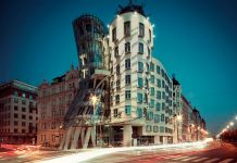 La Dancing House di Frank Gehry, fulcro della Prague Design Week