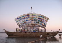 The Ship of Tolerance di Ilya ed Emilia Kabakov a Siwa nel 2005
