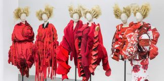 Rei Kawakubo/Comme des Garçons. Art of the In-Between al Metropolitan Museum of Art