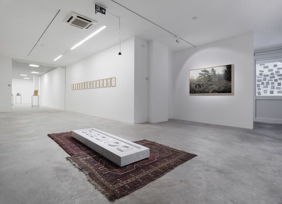Domenico Mangano & Marieke van Rooy, Homestead of Dilution. Installation view, Nomas Foundation, Roma. Courtesy di MAGAZZINO, Roma e degli artisti, photo Roberto Apa