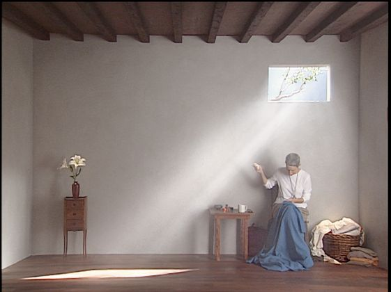 Bill Viola, Catherine's Room, 2001, performer Weba Garretson, courtesy Bill Viola Studio © Bill Viola, photo Kira Perov
