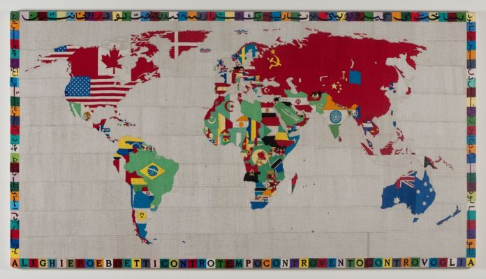Alighiero Boetti, Mappa, 1988. © 2017 Artists Rights Society (ARS), New York - SIAE, Rome. Courtesy Kunstmuseum Basel and Sammlung Goetz, München. Photo Wilfried Petzi, Munich