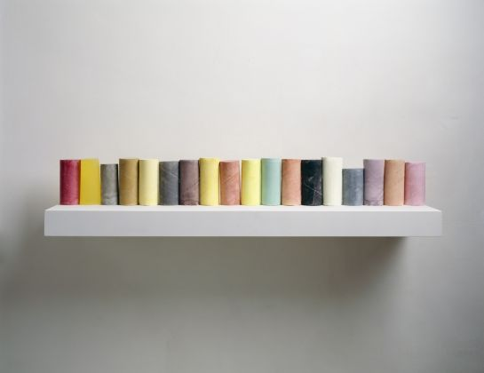 Rachel Whiteread, Line Up, 2007-08. Collezione privata © Rachel Whiteread. Photo Courtesy the artist and Mike Bruce