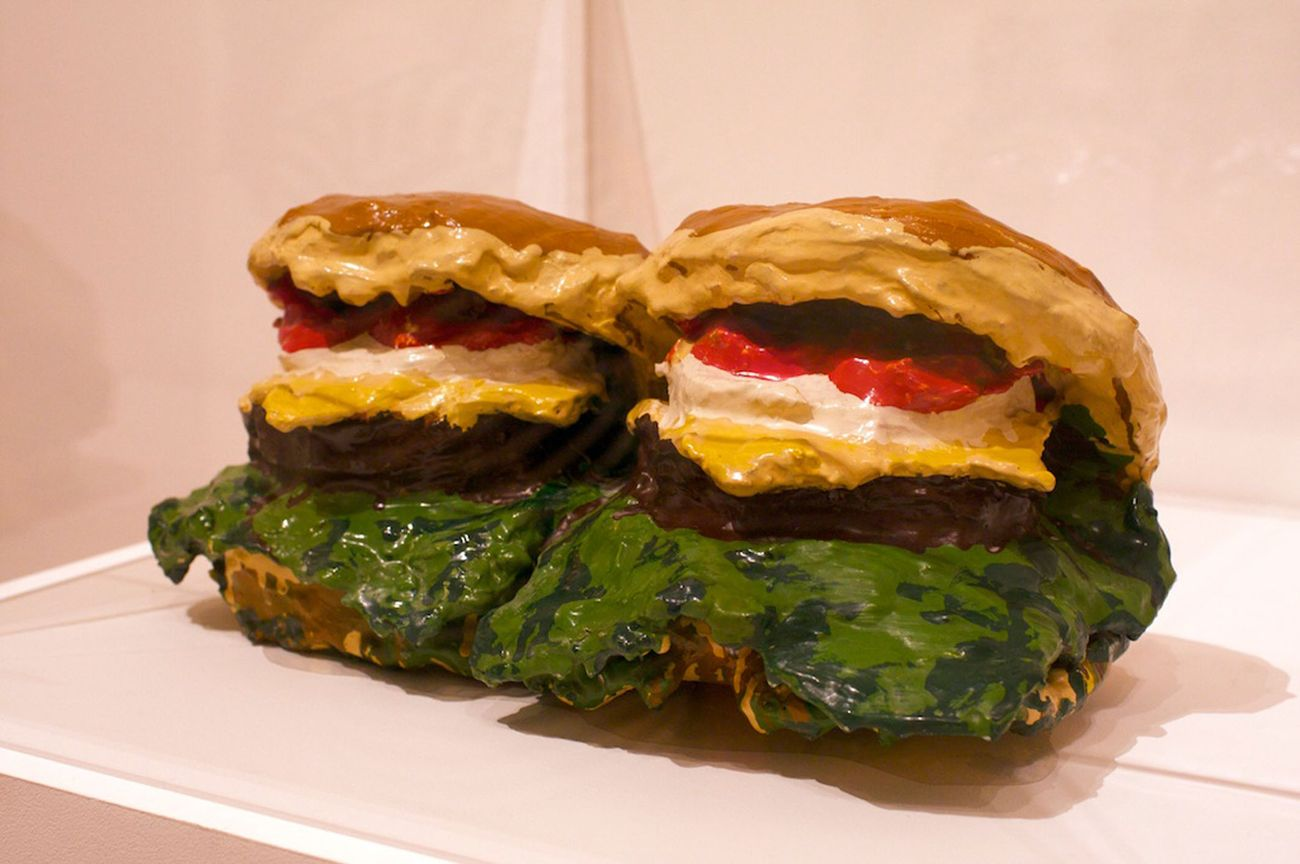 claes oldenburg two cheeseburgers with everything dual hamburgers 1962 moma new york. Black Bedroom Furniture Sets. Home Design Ideas