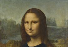 Monna Lisa festeggia la vittoria della Francia ai Mondiali. L'immagine usata sulla pagina Twitter del Louvre