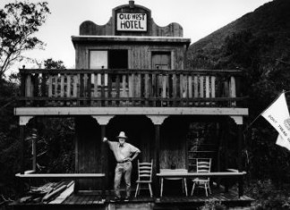 A Life: Lawrence Ferlinghetti. Beat Generation ribellione poesia