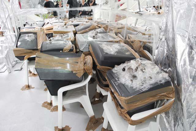 Thomas Hirschhorn - Crystal of Resistance - Padiglione Svizzera - Biennale di Venezia 2011 - photo Daniele Podda