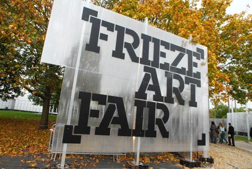 Frieze Art Fair 2011 - photo Linda Nylind