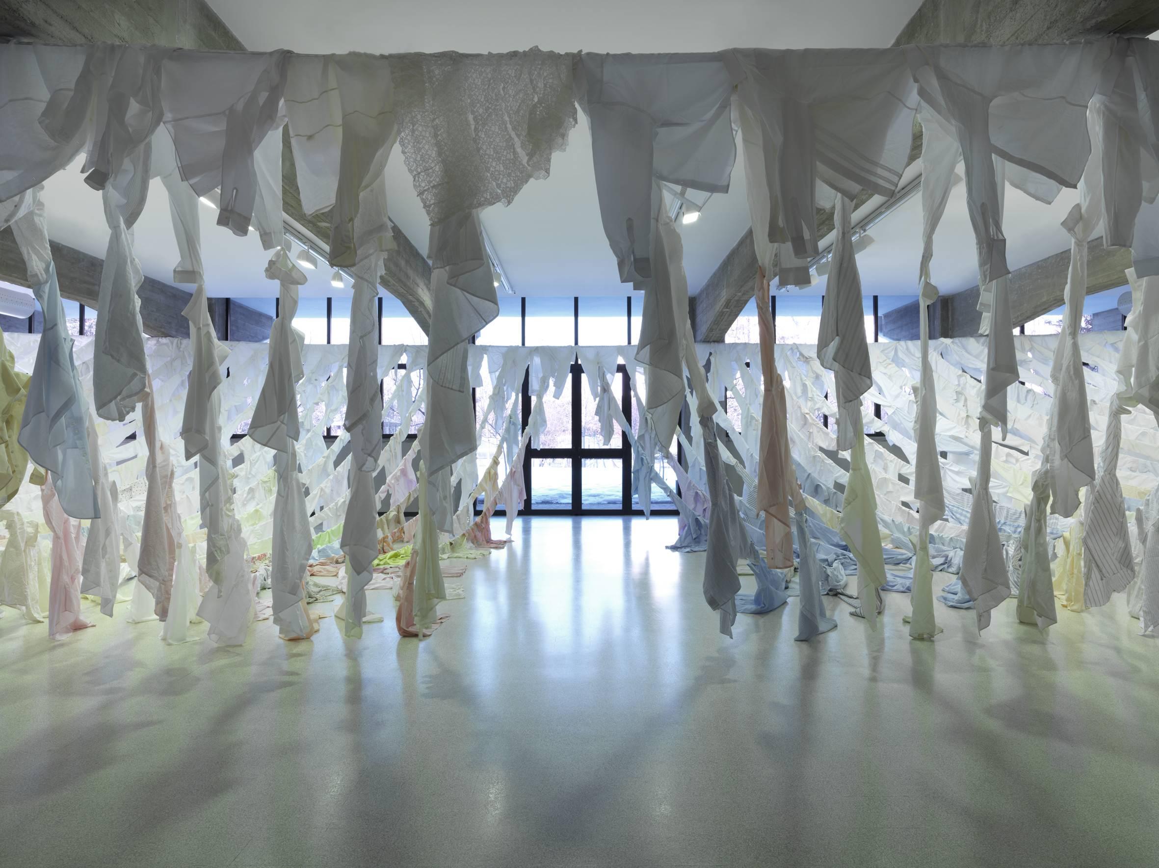 Kaarina Kaikkonen - Are We Still Going On? - veduta dell'installazione presso la Collezione Maramotti, Reggio Emilia 2012 - photo Dario Lasagni