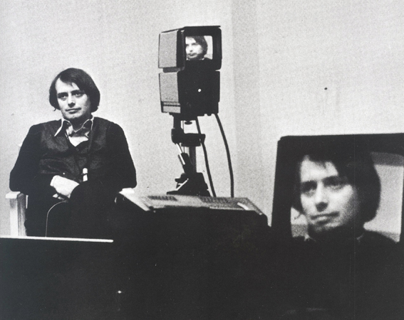 Luciano Giaccari (Studio 970 2) - Set riprese video Luciano Fabro - 1972, still da video