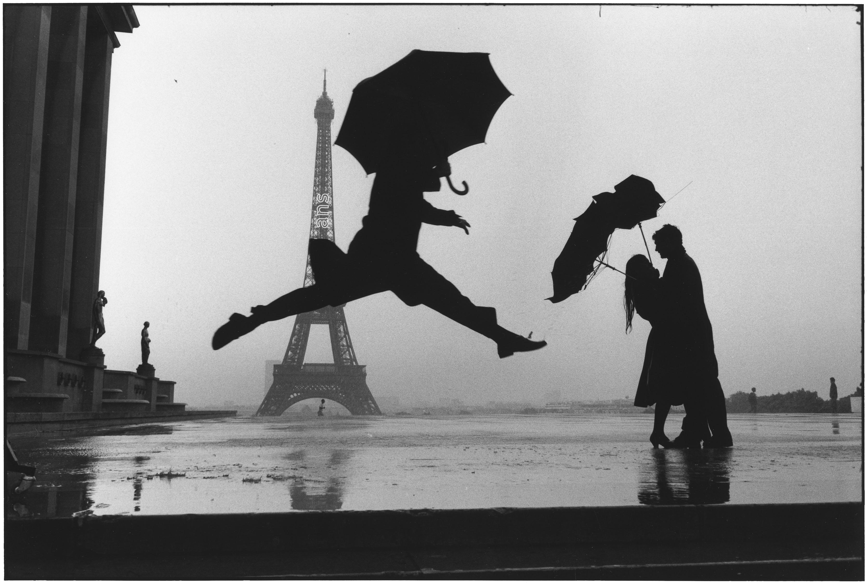 Elliott Erwitt - France, Paris, 1989 - © Elliott Erwitt/Contrasto