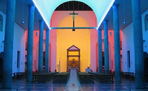L'intervento di Dan Flavin alla Chiesa Rossa di Milano