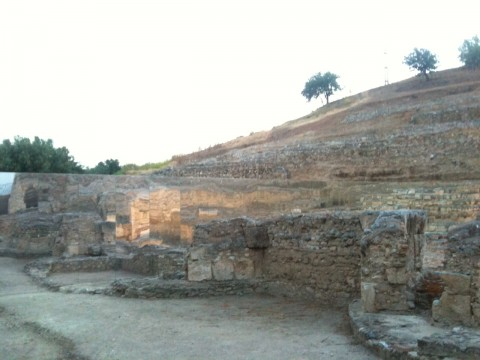 Daniel Buren al Parco Archeologico di Scolacium (foto Luca Labanca)