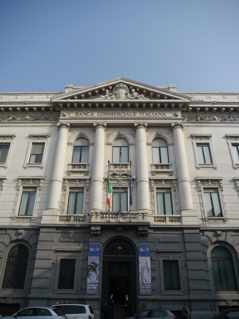 Gallerie d'Italia a Milano, l'accesso su Piazza della Scala
