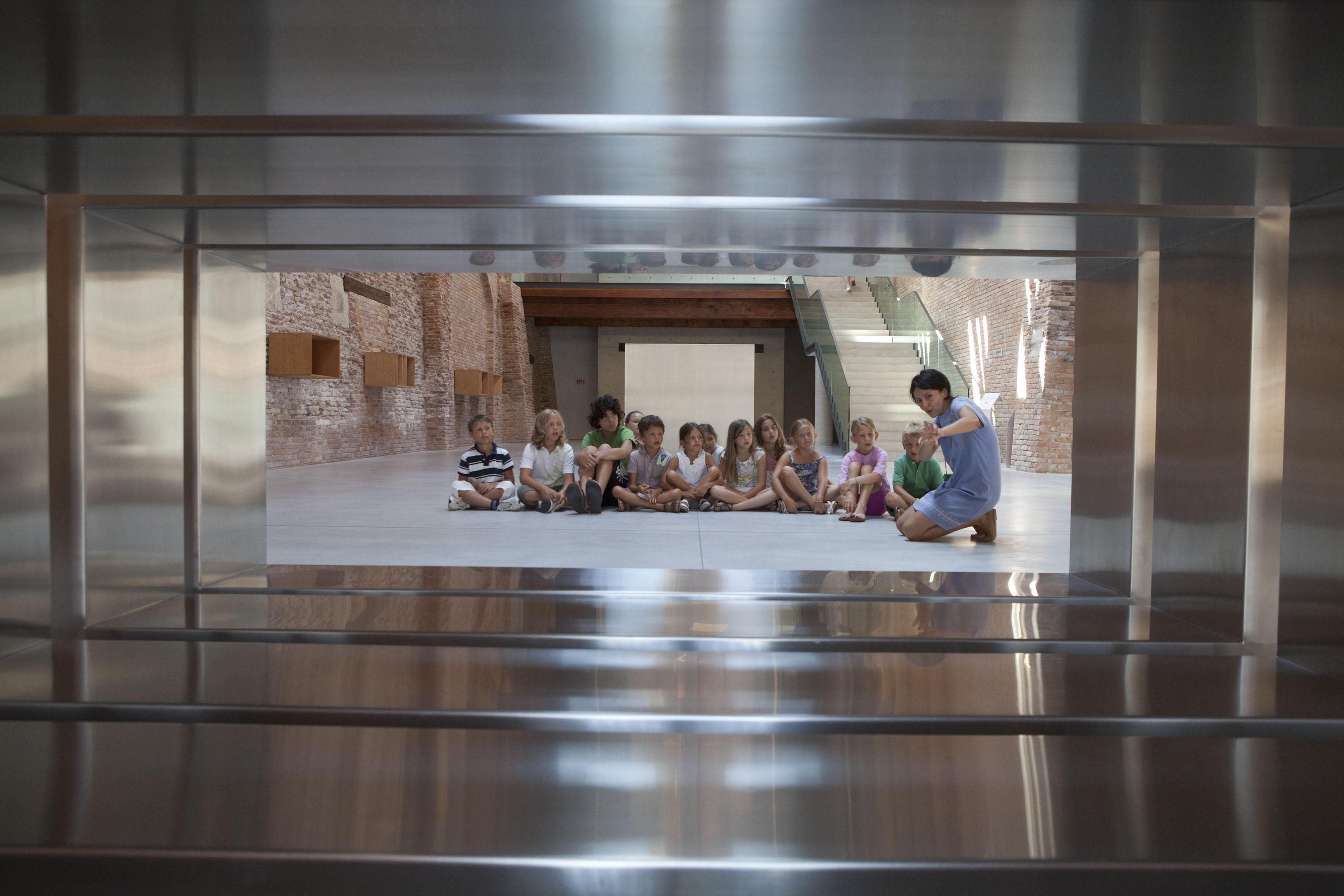 Laboratorio con Donald Judd a Punta della Dogana - photo Matteo De Fina