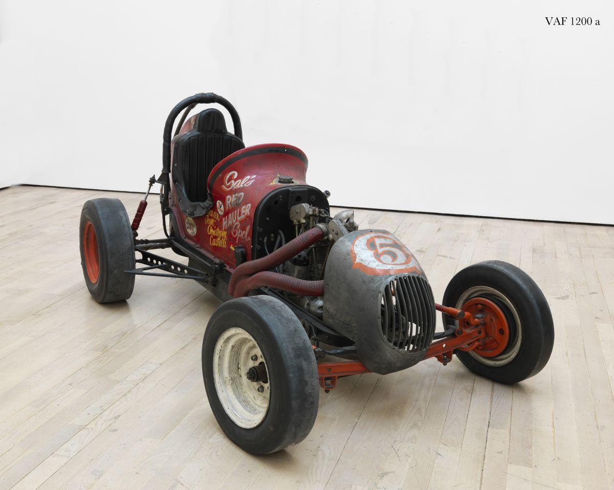 Salvatore Scarpitta, Sal's Red Hauler Special, 1966-67, Rovereto, MART - Museo di arte moderna e contemporanea di Trento e Rovereto, Collezione VAF Stiftung