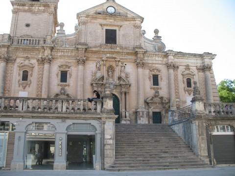 Galleria Clou, Ragusa