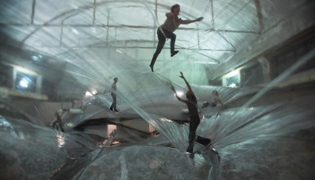 Tomás Saraceno – On Space Time Foam – 2012 – Hangar Bicocca