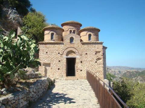 Calabria - la Cattolica di Stilo