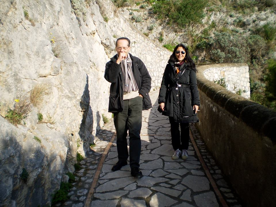 Roberto Daolio con Claudia Colasanti a Capri nel 2009