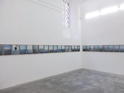 Antonio Rovaldi, Orizzonte in Italia, veduta dell'installazione - Monitor, Roma - Courtesy l'artista e Monitor, Roma