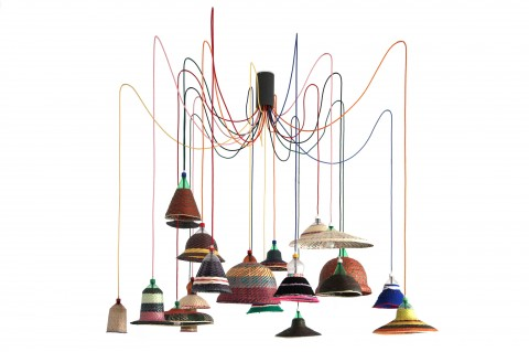La Pet Lamp di Alvaro Catálan de Ocón