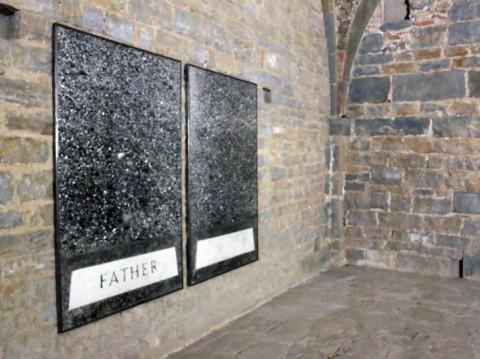 The Opposite of Justice - veduta della mostra presso la Basilica di Santa Maria Maggiore, Bergamo 2013