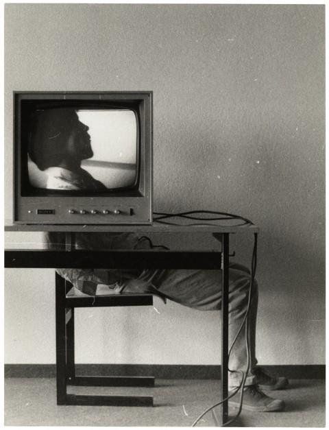 Ernst Caramelle, Video–Landscape, 1974, documentazione della videoinstallazione © Generali Foundation