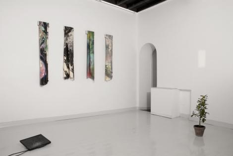 Diego Miguel Mirabella - Entrano Fuggendo - veduta della mostra presso Operativa Arte Contemporanea, Roma 2013