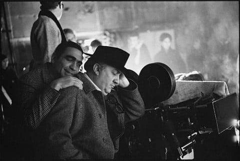 Giuseppe Rotunno e Federico Fellini sul set del Satyricon (1969) in una foto di Mary Ellen Mark