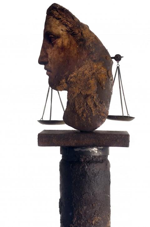 Filippo Sciascia, Gremano Esiatico 9 (dett.), 2013 - olio su legno, ferro e bilancia in bronzo