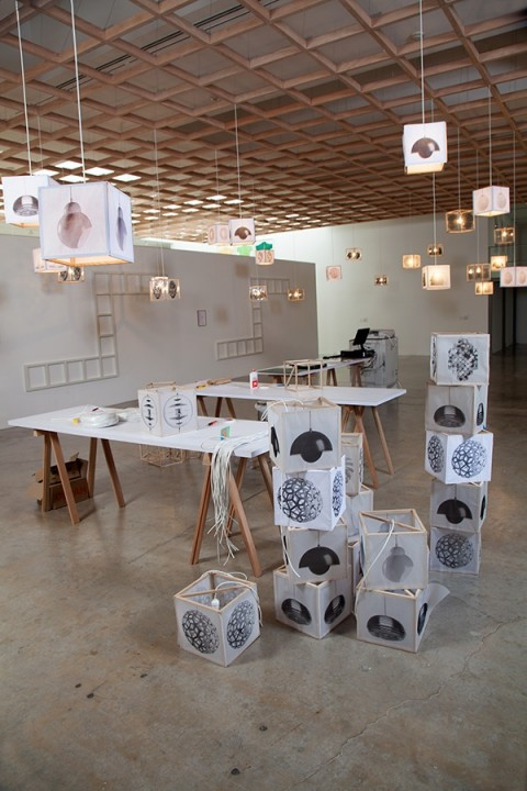 Superflex - The Corrupt Show and the Speculative Machine - veduta della mostra presso la Fondazione Jumex, Città del Messico 2013