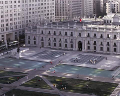 Cristián Undurraga, Centro Cultural Palacio de La Moneda - piazza esterna, Santiago del Cile