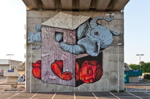 Ericailcane, Bastardilla, pittura murale su pilone ferroviario - 10x12 metri - Camposanto di Modena, luglio 2013